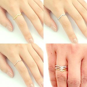 Set of 3 chevron rings w/y/r gold plated silver